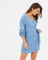 Dorothy Perkins - Ruffle Sleeve Dress