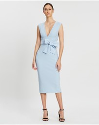 Shona Joy - Plunged Midi Dress with Belt