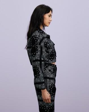 Missguided - Co Ord Bandana Print Cropped Jacket - Denim jacket (Black) Co-Ord Bandana Print Cropped Jacket