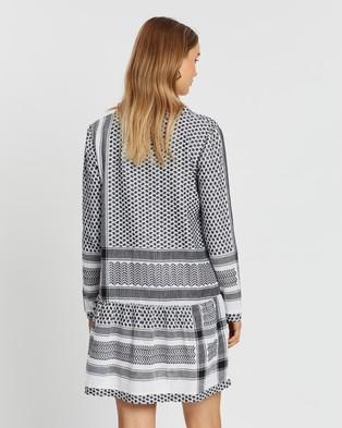 Cecilie Copenhagen Dress 2 V Long Sleeves - Dresses (Black & White)