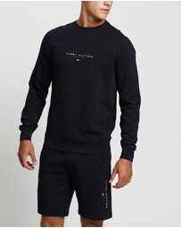 Tommy Hilfiger - Essential Tommy Crew Neck Sweater