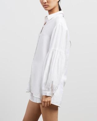 Des Sen - Corbusier Shirt Tops (White)