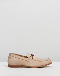 Staple Superior - Amante Suede Loafers
