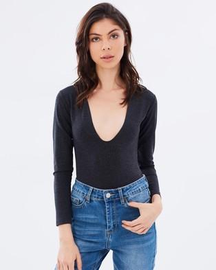 A Brand – A Jacqueln Bodysuit – Tops (Charcoal)