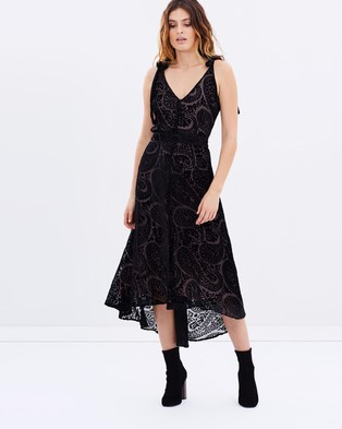 We Are Kindred – Isadora Bow Back Dress – Dresses (Paisley Burnout)