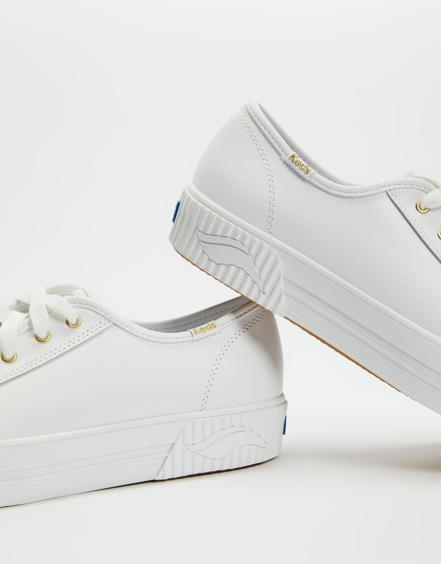 Women Triple Kick Amp Super Sneakers
