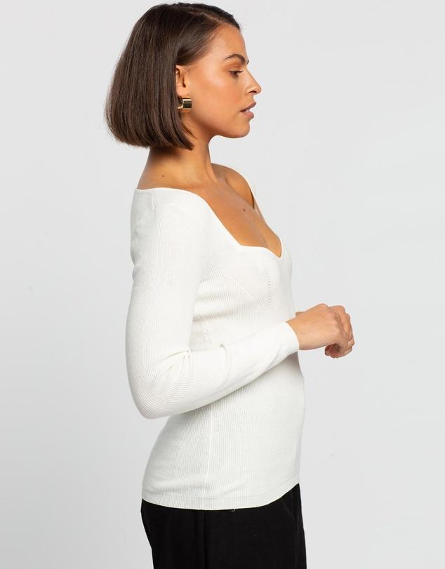 Women Curve Bust Knit Top