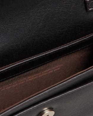 MATT & NAT Drew Med Cross Body Bag - Clutches (Black)