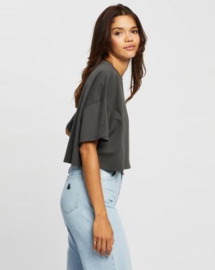 Abrand - A Cropped Oversized Tee tops (Black Fade)