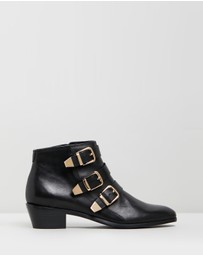 Atmos&Here - Ainslee Leather Ankle Boots