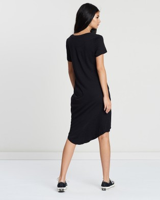Silent Theory Twisted Tee Dress - Dresses (BLACK)