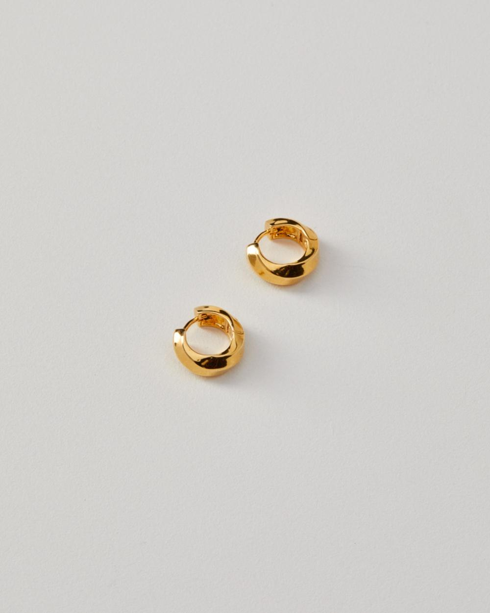 ALIX YANG Jenna Hoops Jewellery Gold
