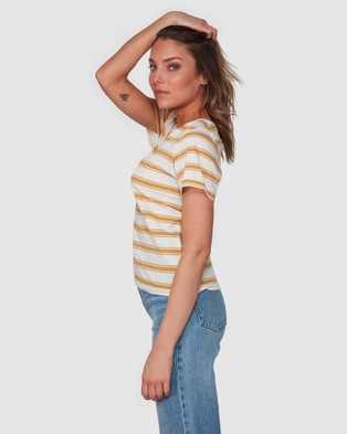 Billabong New Soul Babe Short Sleeve Tee - T-Shirts & Singlets (WILD HONEY)