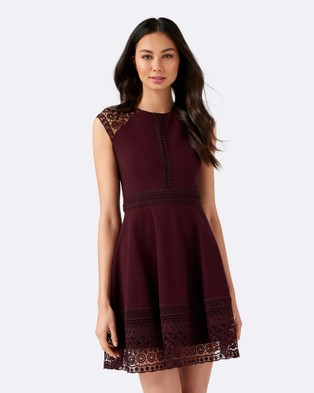 Forever New – Karla Ponte Lace Dress – Dresses (Wineberry)