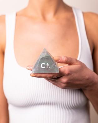 Wicks & Stones Fluorite Crystal Geo Gem (Pyramid)