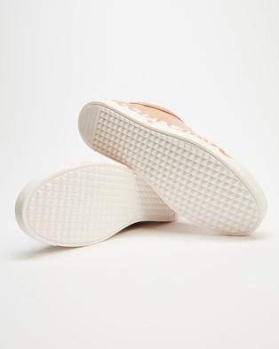 See By Chloé - Essie Sneakers - Lifestyle Sneakers (Rosellina) Essie Sneakers
