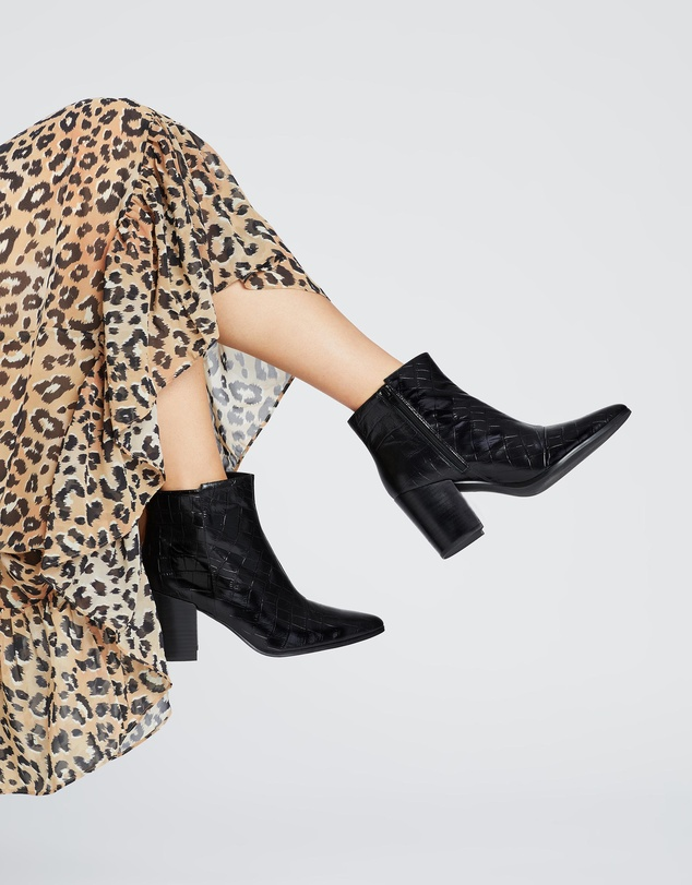 Women Alice Leather Ankle Boots