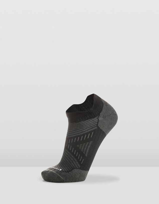 Men Run Ultra Light Micro Tab Socks