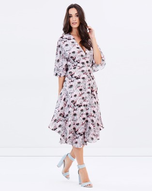 Lost Ink – Isolde Daisy Print Dress – Dresses (Multi Print Pink)
