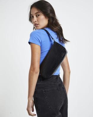 Alice In The Eve The Elle Croc Baguette Bag - Bags (BLACK)
