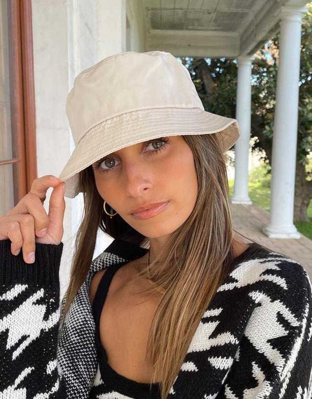 Women Cammy Bucket Hat