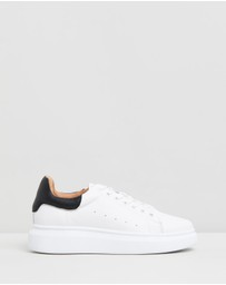 Atmos&Here - Tabi Leather Sneakers
