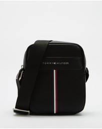 Tommy Hilfiger - Downtown Mini Reporter Bag