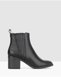 Betts - Essence Block Heel Ankle Boots