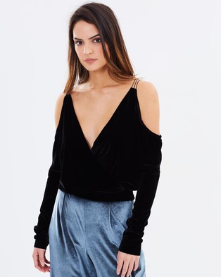 Bec & Bridge – The Sorcerer Long Sleeve Top – Cropped tops (Black)