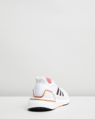 adidas Performance - Ultraboost SUMMER.RDY   Men's Running Shoes - Performance Shoes (Footwear White, Core Black & Signal Pink) Ultraboost SUMMER.RDY - Men's Running Shoes