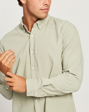 Assembly Label Cord Shirt   Men's - Shirts & Polos (Soft Green)