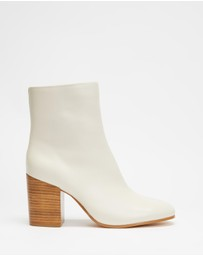 AERE - Soft Leather Block Heel Ankle Boots