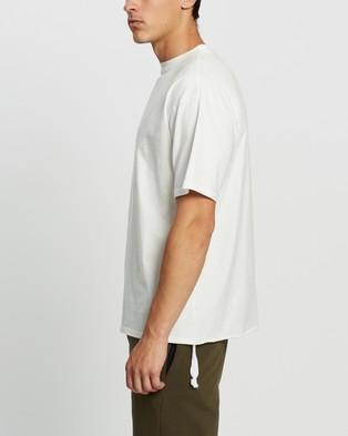 Commune Comm Tee - T-Shirts & Singlets (White)