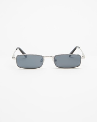 KENDALL + KYLIE Lancer - Sunglasses (Shiny Silver)