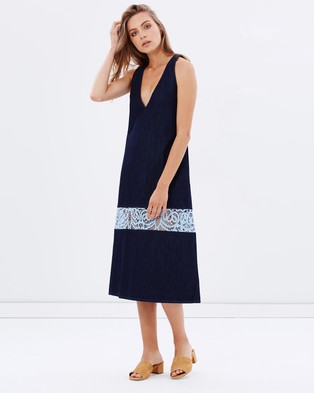 Vale Denim – Sea Script Lace Dress – Dresses (Indigo)