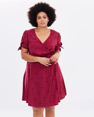 Atmos & Here Curvy – Noel Wrap Dress