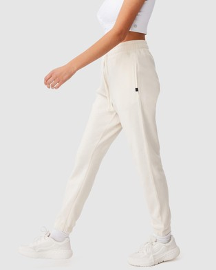 Cotton On Body Active Lifestyle Gym Track Pants - Sweatpants (Buttermilk)