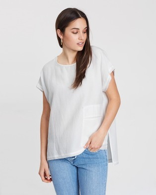 Privilege Slouch Pocket Top - Tops (White)