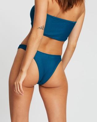 LENNI the label Treachery Cheeky Bottoms - Bikini Bottoms (Marine)