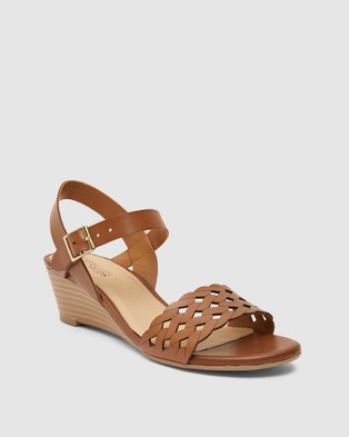 Easy Steps - Callum Wedges (Cognac)