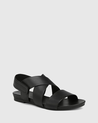 Wittner Leena Leather Open Toe Flat Sandals - Sandals (Black)