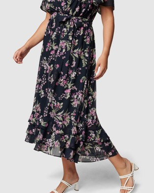 Forever New Curve Tillie Curve Pleated Maxi Dress - Dresses (Midnight Blossom)