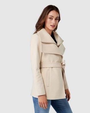 Forever New April Cropped Coat - Coats & Jackets (Soft Oatmeal)