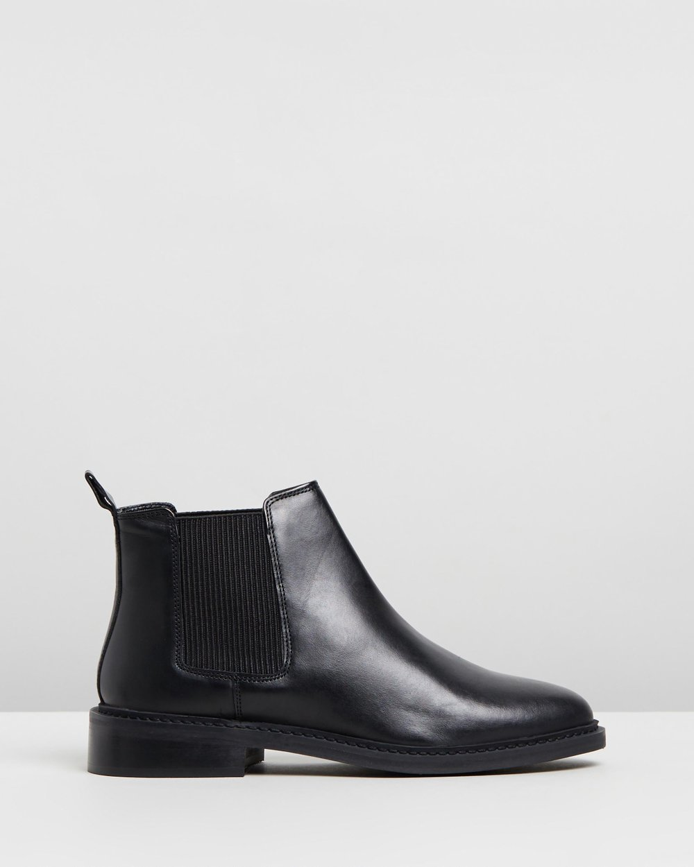 Kiss Chelsea Boots - Wide Fit by TOPSHOP Online   THE ICONIC   Australia 2c2c20138e18