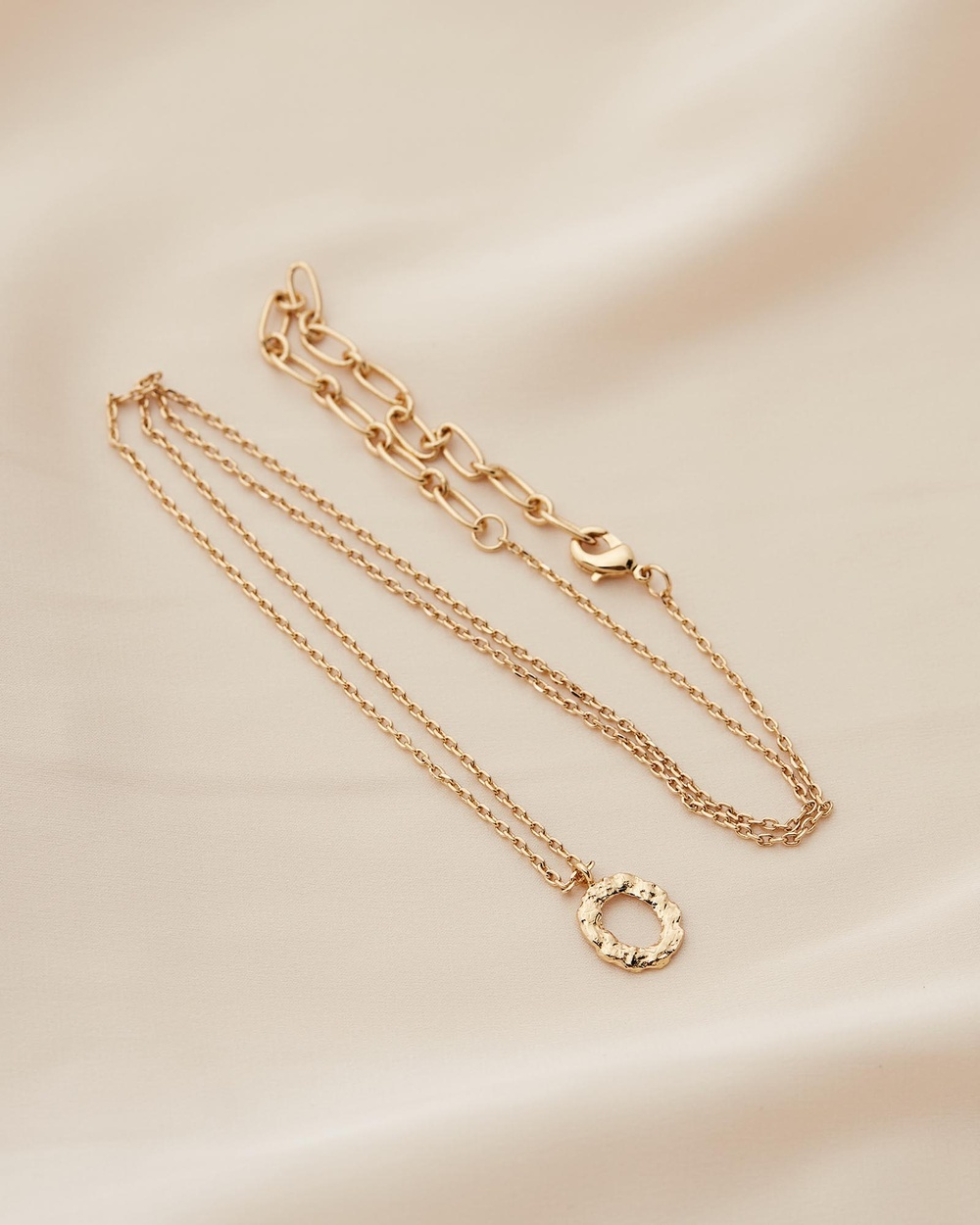Amber Sceats Jadé Tunchy x Petite Letter Necklace O Jewellery Gold