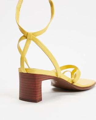 Senso Raegan - Sandals (Banana)