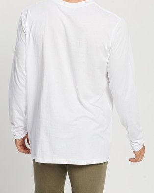 Assembly Label Distant Long Sleeve Tee - T-Shirts & Singlets (White)
