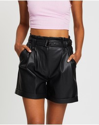 Dazie - Intuition PU Belted Shorts