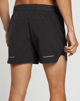 ASICS Road 5 Inch Short Men's Shorts Graphite Grey