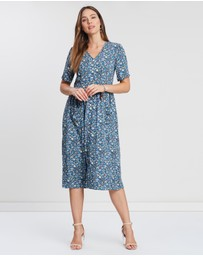 Privilege - Dorothy Short Sleeve Pocket Dress